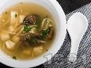 Рецепта Тайландска супа с тофу, гъби печурки и соеви кълнове